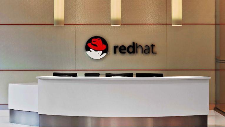 Red Hat könnte bald zu IBM gehören.