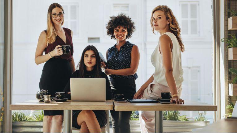 """Es gibt – grob betrachtet - vier """"schwierige"""" Mitarbeiter-Profile: den dominant-kontrollsüchtigen, den analytisch-obsessiven, den expressiv-impulsiven und den skeptisch-negativen."""