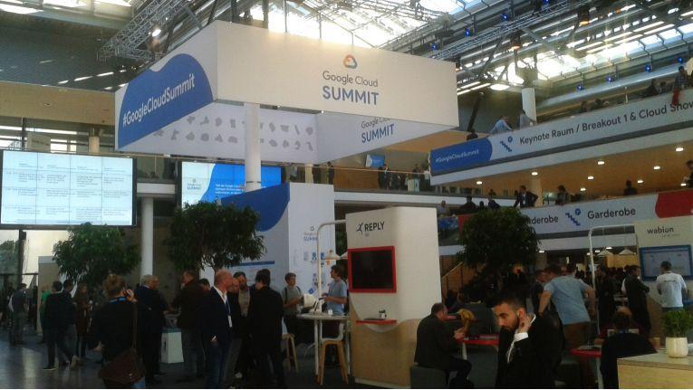 Auf dem Google Cloud Summit 2018 in München präsentierten sich auch zahlreiche Google-Partner, darunter auch Cancom, Calaranet, Damovo und Go Reply.