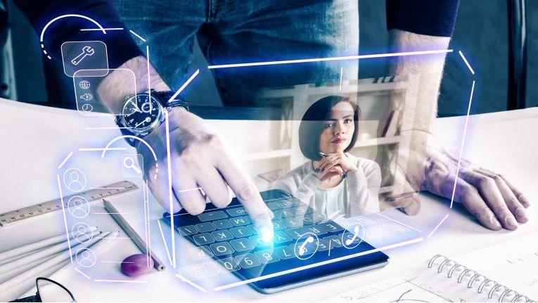 Fast die Hälfte aller Befragten in Deutschland sieht bei sich Nachholbedarf bei der digitalen Weiterbildung.