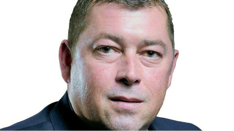 Roman Schneuwly, E-Commerce Sales Manager, kümmert sich um Okis E- und Retailer in Österreich und der Schweiz.