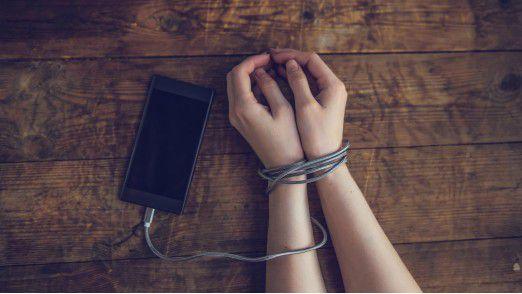 Gefährlich wird es, wenn das Smartphone die Kontrolle über den Nutzer erlangt.