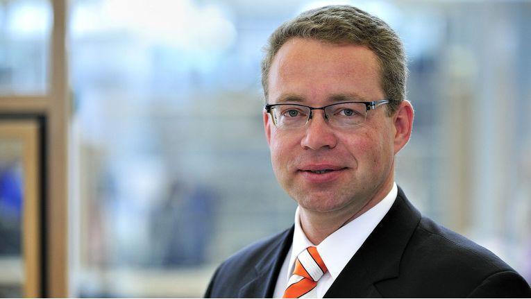 """Oliver Schmidt Bechtle, Bereichsvorstand bei der Bechtle Managed Services AG: """"Mit Bücker kommt ein bei Kunden anerkanntes und geschätztes Team aus sehr gut ausgebildeten Security-Spezialisten zu uns."""""""