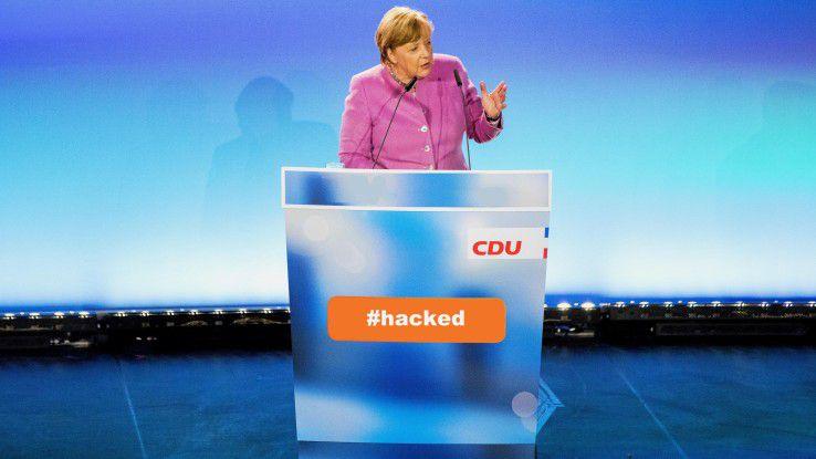 Könnte Angela Merkel ein ähnliches Schicksal drohen wie Hillary Clinton im US-Wahlkampf? Wir klären auf.