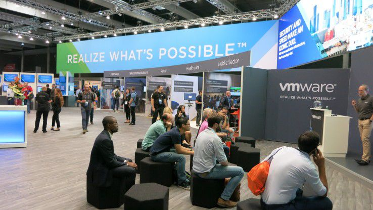 VMware ebnet auf der VMworld 2017 in Barcelona den Weg in die Multi-Cloud.