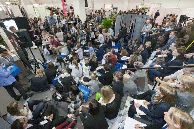 Die neukonzipierte Networking- und Blogger-Lounge stieß auf der Zukunft Personal auf großes Interesse beim Fachpublikum.