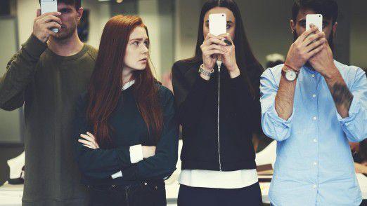 Die Nutzer mögen Smartphones - CIOs betrachten sie mit gebotener Vorsicht.