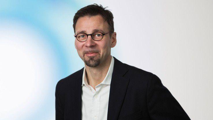 """Holger Koch, Trendence: """"Unternehmen, die nach neuen Mitarbeitern und Ideen suchen, tun sich schwer. Zum einen ist der Wettbewerb groß, zum anderen nimmt die Zahl der wechselwilligen Young Professionals ab."""""""