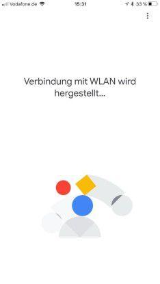 Die Kommunikation von Google Home mit den angebundenen Geräten erfolgt über WLAN.