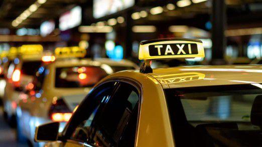 Das Taxigewerbe sieht sich durch neue Mitfahrdienste bedroht.