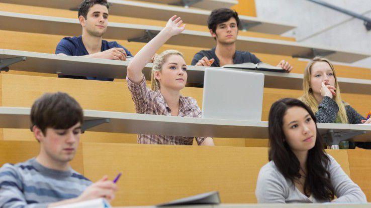 Da geht noch was! Laut einer Umfrage wünschen sich Studenten mehr digitale Angebote im Studium.