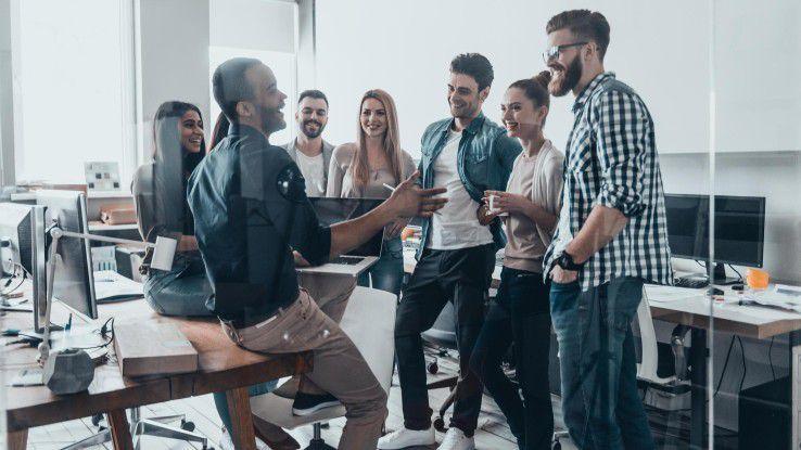 Digital Workspace: Unternehmen müssen jetzt die Balance zwischen neuen technologischen Möglichkeiten und einer langjährigen Arbeitskultur schaffen.
