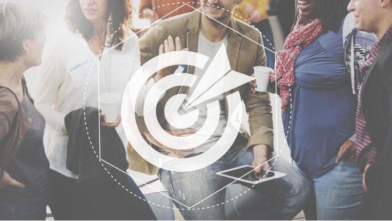 Daten bilden die Grundlage aller erfolgreichen MarTech-Konzepte. Indem jede Impression, jeder Klick, jeder Download, jeder Warenkorb und jeder Einkauf erfasst und analysiert werden, entstehen enorm viele zu verwaltende Daten.