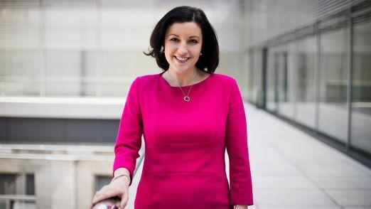 """CIOs leisten die Grundlagenarbeit für die Digitalisierung, so Dorothee Bär, Staatsministerin, Beauftragte der Bundesregierung für Digitalisierung und neue Schirmherrin des """"CIO des Jahres""""."""