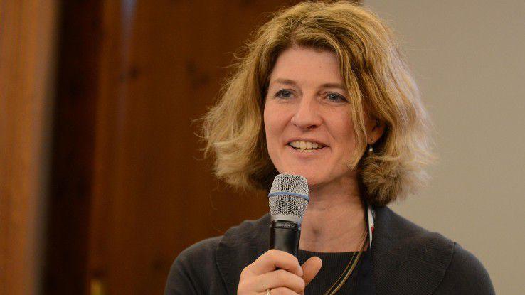 CW-Redakteurin Karen Funk diskutiert um 11:00 Uhr mit IT-Managerinnen über die Herausforderungen der Digitalisierung.