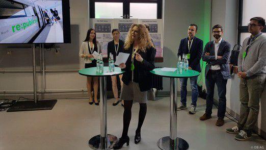 Auf der re:publica Messe wurden nicht nur die Ergebnisse der Diskussionsrunde vom Vortag vorgestellt. Im Meet-Up-Room stellte sich Prof. Dr. Sabina Jeschke von der Deutsche Bahn den Fragen der Besucher.