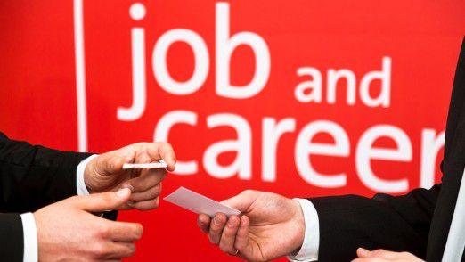 """In dem Bereich """"job and career at CEBIT"""" können sich Studenten, Absolventen und Young sowie Senior Professionals informieren."""