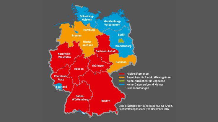 In Berlin kann die Bundesagentur für Arbeit keine Anzeichen finden, dass Softwareentwickler oder IT-Berater fehlen. Ganz anders die Lage im Süden und in der Mitte der Republik.