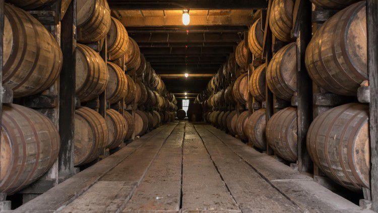 Bourbon-Tradition trifft Echtzeit-Monitoring: So geht Whiskey-Produktion im Digitalisierungszeitalter.