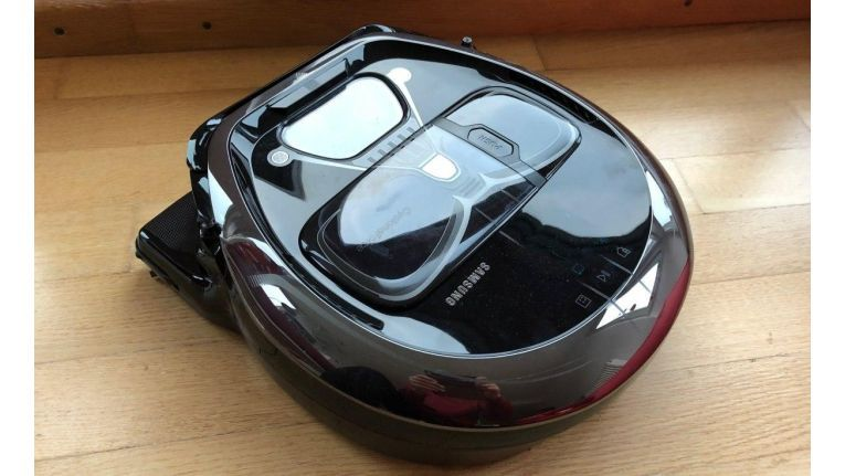 Robot Vacuum Cleaner Darth Vader Edition VR7000 Powerbot Wifi