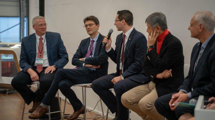 Academic Global VIP Summit : Wie kommen IoT und AR in den Hörsaal?