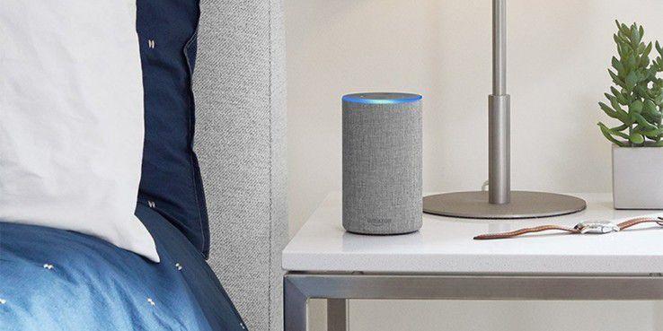 Amazons Lautsprecher Echo kann auch heimlich mithören und Gespräche in Textform übertragen.
