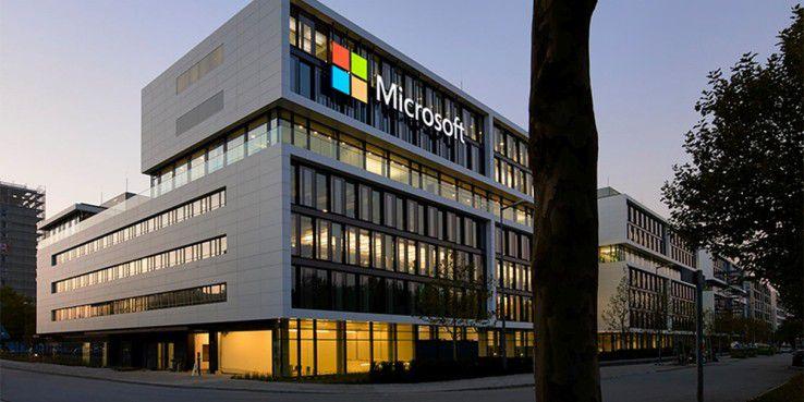 Hinter verschlossenen Türen arbeitet Microsoft an einem faltbaren Smartphone.