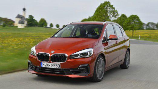 Beispielrechnung: Die Kfz-Steuer für den BMW 218i Active Tourer steigt von 104 auf 156 Euro jährlich.