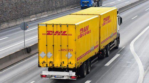 Auf geht's in die Schweiz: Die DHL-LKWs kommen.