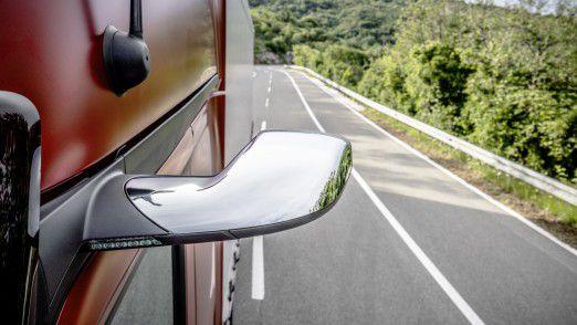 Erster Serien-Lkw mit MirrorCam statt Außenspiegeln: Verbesserung für Aerodynamik, Sicherheit und Fahrzeughandling.