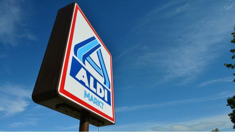 Die Technikangebote von Aldi und Co. schneiden im Preisvergleich nicht besonders gut ab
