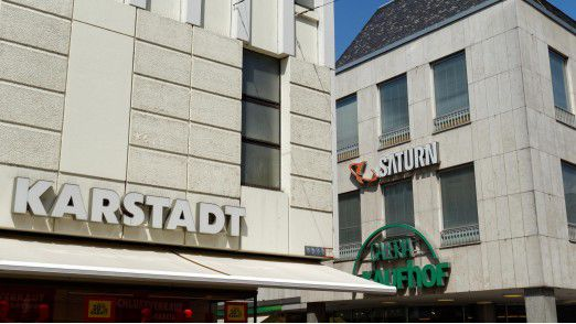 Karstadt und Kaufhof versuchen nun gemeinsam, einen tragfähigen stationären Handel zu organisieren.