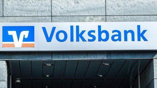 Die Volks- und Raiffeisenbanken reduzieren ihre Filialen weiter.