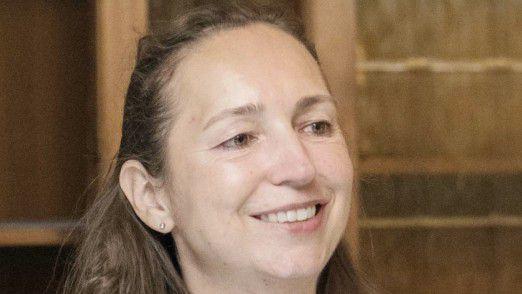 """Beatrix Raab - HR System Support, Nestlé: """"Die größte Herausforderung waren unsere internen Compliance-Vorschriften und die Schnittstellen von der Website zum Server und von dort zu SAP."""""""