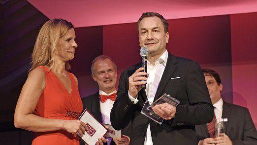 TV-Moderatorin Katrin Müller-Hohenstein führt durch die Preisverleihung und Gala.