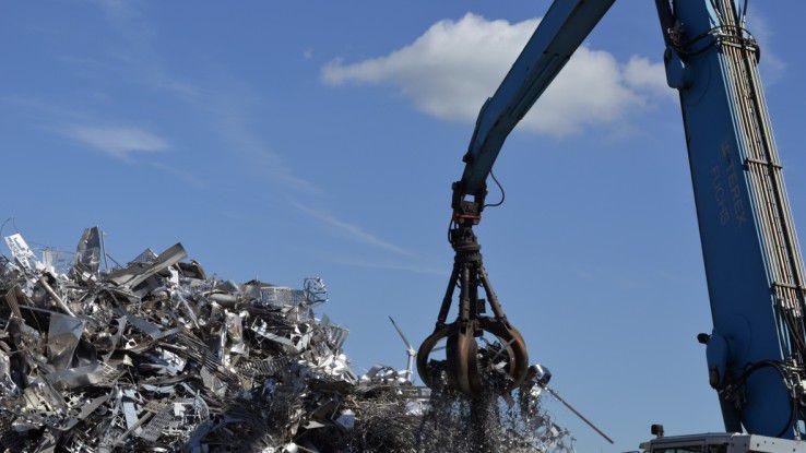 Metallrecycling ist ein kapitalintensives Geschäft, da Cronimet den Kunden die Metalle in großer Menge, in bestimmten Mischungen und schnell liefern muss.