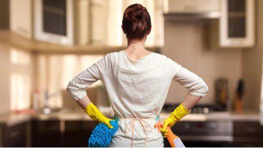 Ihre Arbeitgeber hatten die Frau über Internetportale wie Ebay Kleinanzeigen gefunden und gebucht.