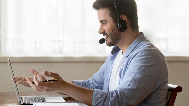 IT-Führungskräfte und CIOs müssen ihre Mitarbeiterinnen und Mitarbeiter im Home-Office erreichen.