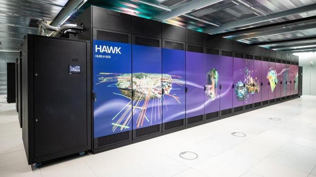 Supercomputer: Hawk geht in Stuttgart ans Netz