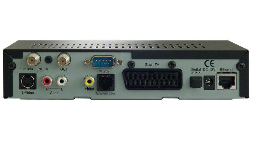 Von hinten: Bis auf den USB-Port hat die DM600 alle wichtigen Anschlüsse wie Netzwerk, Modem, Video und Audio.