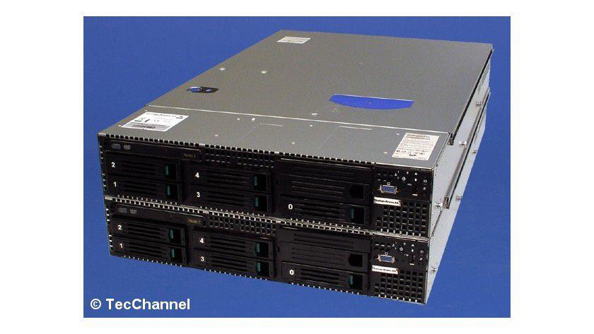 Das doppelte Lottchen: Der Cluster-Server SR2500 von Thomas Krenn bietet mit zwei identischen Systemen ein hohes Maß an Ausfallsicherheit.