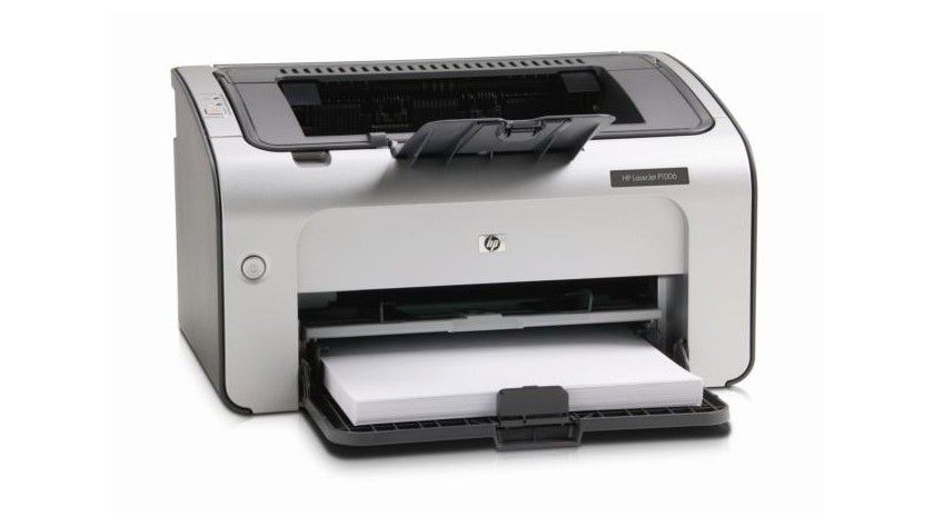 HP LaserJet 1006: Per Adapter lässt sich das Gerät ins Netzwerk einbinden. (Quelle: Hewlett-Packard)