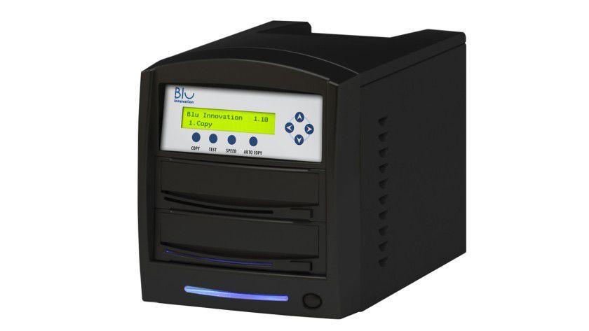 DUP-01: Der Dupliziertower fertigt auf Tastendruck Kopien von CDs und DVDs an. (Quelle: Blu Innovation)