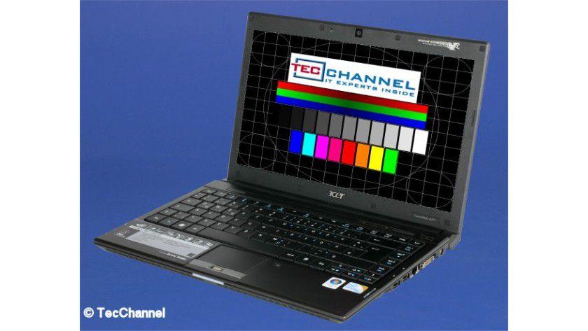 Acer TravelMate 8371: Das 13-Zoll-Display arbeitet mit einer Auflösung von 1366 x 768 Bildpunkten.