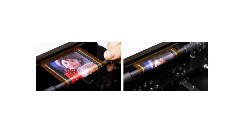 Runde Sache: Das von Sony gezeigte Display lässt sich auf einen vier Millimeter starken Zylinder aufrollen. (Quelle: Sony)