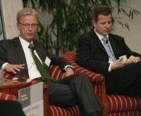 T-Com Karl Knoll (links) und SAP-Manager Stefan Ries diskutierten über eine flexible Personalpolitik.