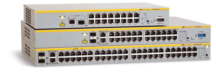 Rückansicht der drei verfügbaren Switches mit 16, 24 und 48 Ports.