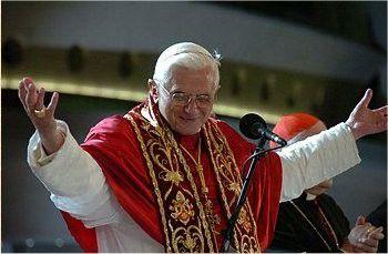 """""""Ein Priester muss dem Kommunikationsstrom des Internet eine Seele geben."""" Papst Benedikt XVI"""