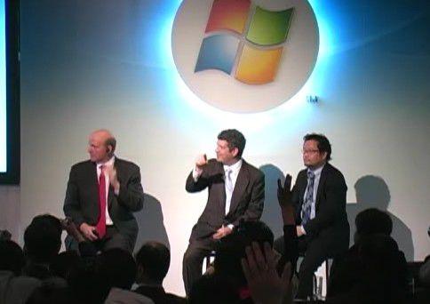 CW-TV: Microsoft-CEO Steve Ballmer lästert über Google Android (Video: 3:03 Min.)
