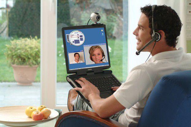 In der Unified-Communication-Welt ist der Anwender flexibel an fast jedem Ort über unterschiedlichste Kommunikationskanäle erreichbar.